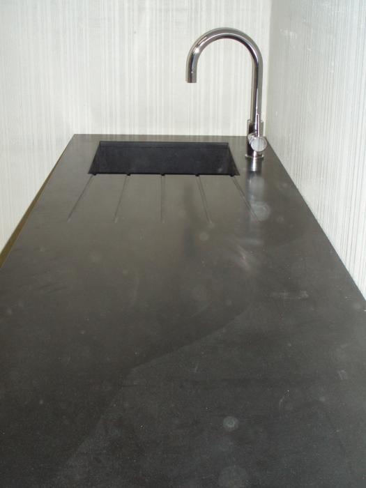 Granit noir mat cuisine paris ile de france - Plan de travail noir mat ...