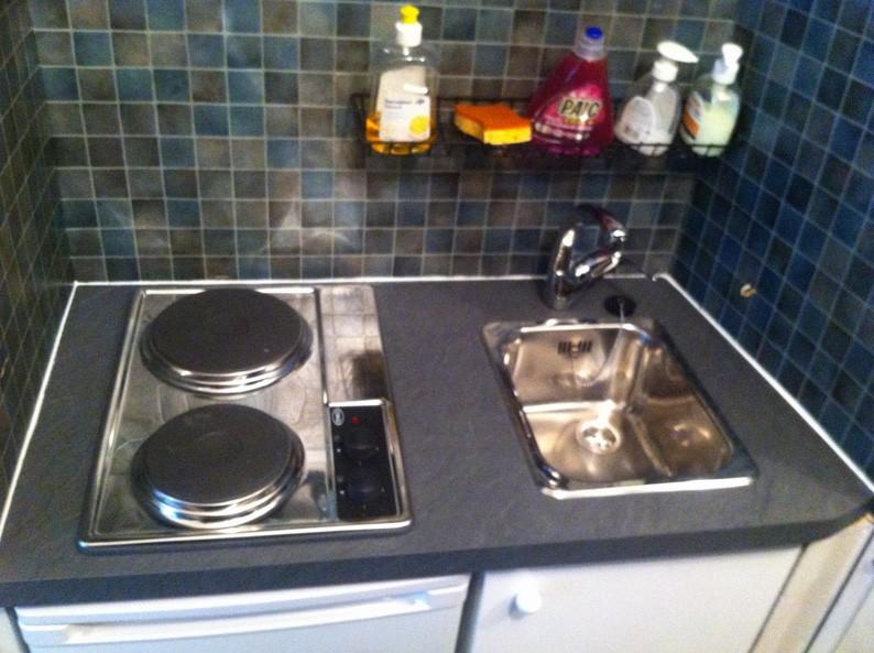 kitchenette 90x52 kitchenette paris ile de france. Black Bedroom Furniture Sets. Home Design Ideas