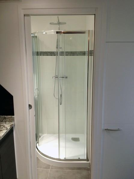 mini salle de bain save cr ation paris ile de france. Black Bedroom Furniture Sets. Home Design Ideas