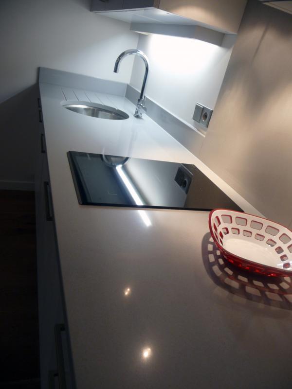 quartzia gris titanio cuisine paris ile de france. Black Bedroom Furniture Sets. Home Design Ideas