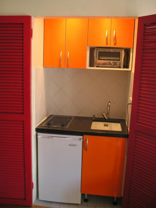 kitchenette orange save cr ation paris ile de france. Black Bedroom Furniture Sets. Home Design Ideas