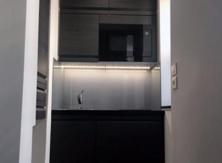Kitchenette 102x650 Paris 15e