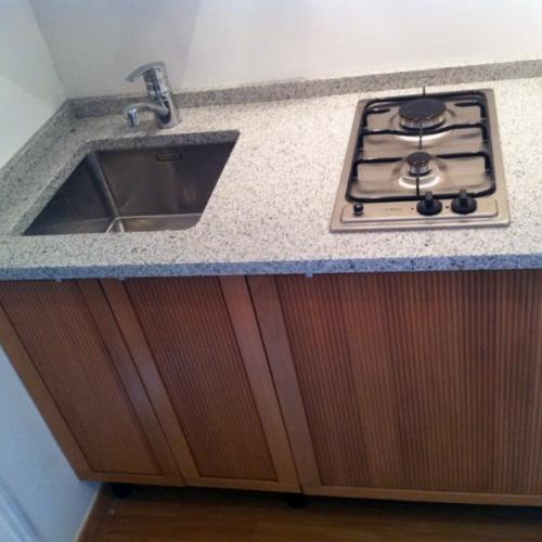 Kitchenette sur mesure en granit